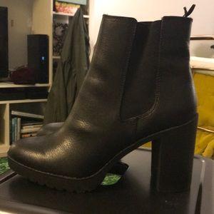 H&M faux fur lined platform boot